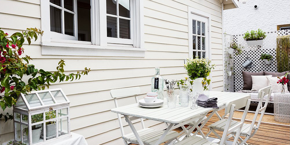 one_kings_lane_whitney_outdoordining